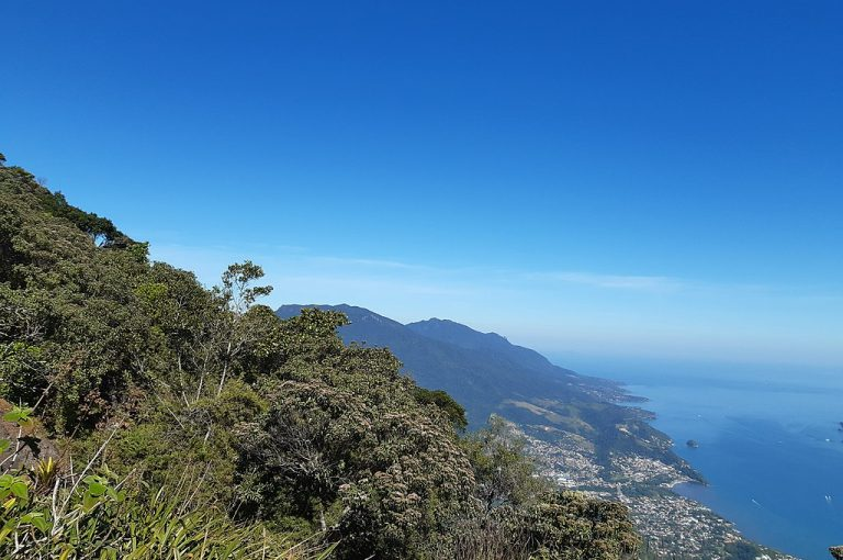 1024px Pico do baepi Parque Estadual de Ilhabela