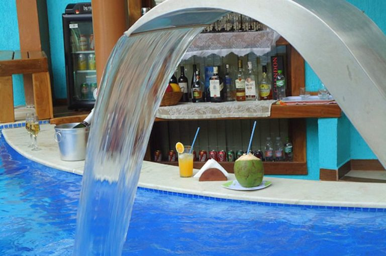 Velinn Caravela Hotel Santa Tereza Ilhabela Principal 2 1024x768 1