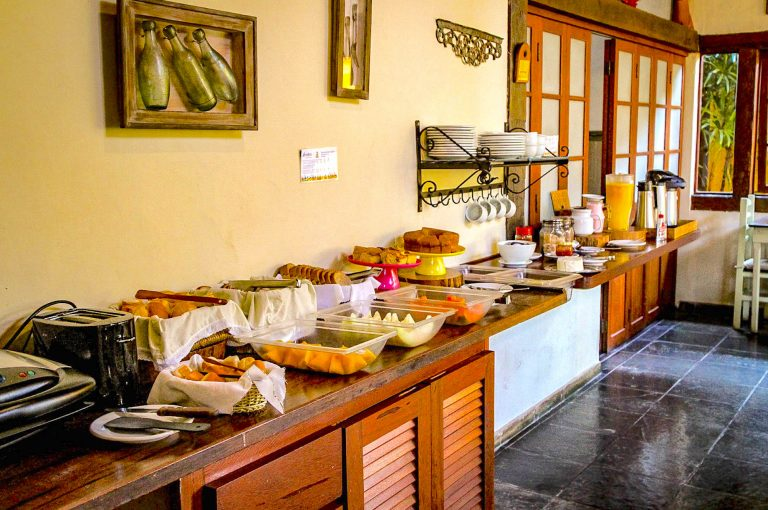 Velinn Caravela Pousada Ilhabela Café da Manhã 2.1