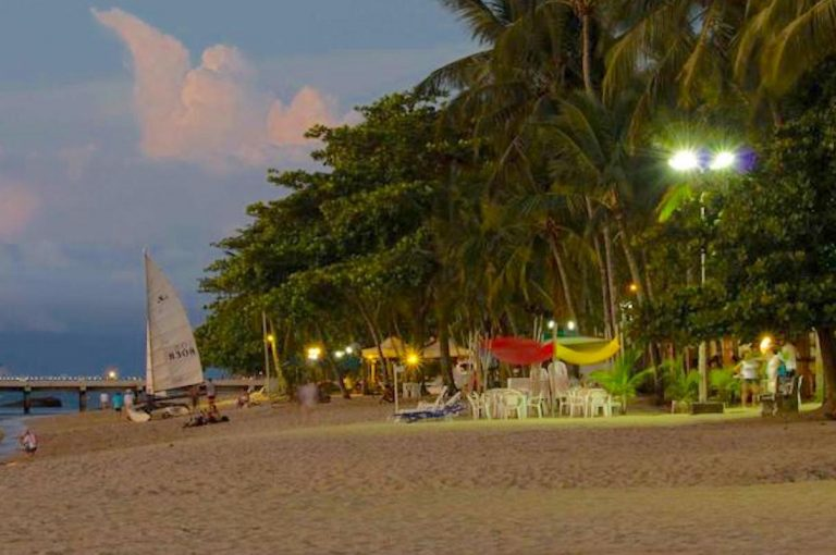 Velinn HPJ Ilhabela Hostel praia pereque 1 Hor.