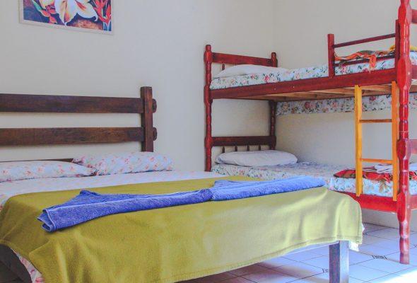 Velinn HPJ Ilhabela Hostel quarto Std 3