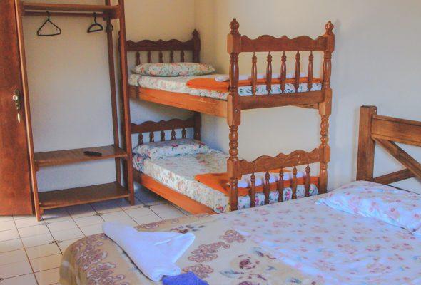 Velinn HPJ Ilhabela Hostel quarto Std 4