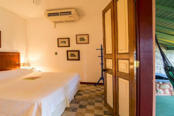 Velinn Hotel Maison Joly Quarto Luxo 11 2