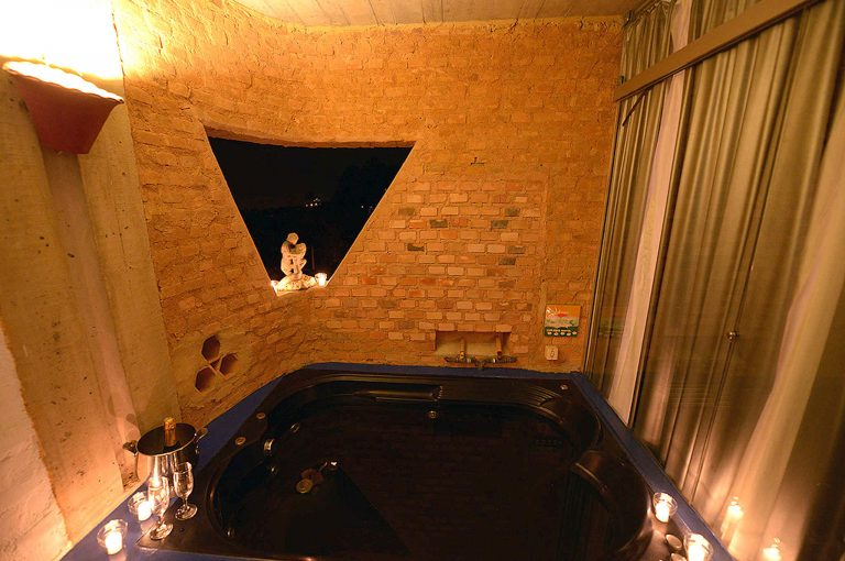 Velinn Hotel Maison Joly Quarto Luxo 15 0 1