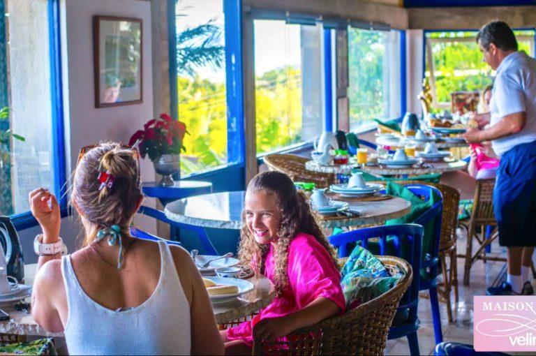 Velinn Hotel Maison Joly café da manhã 0