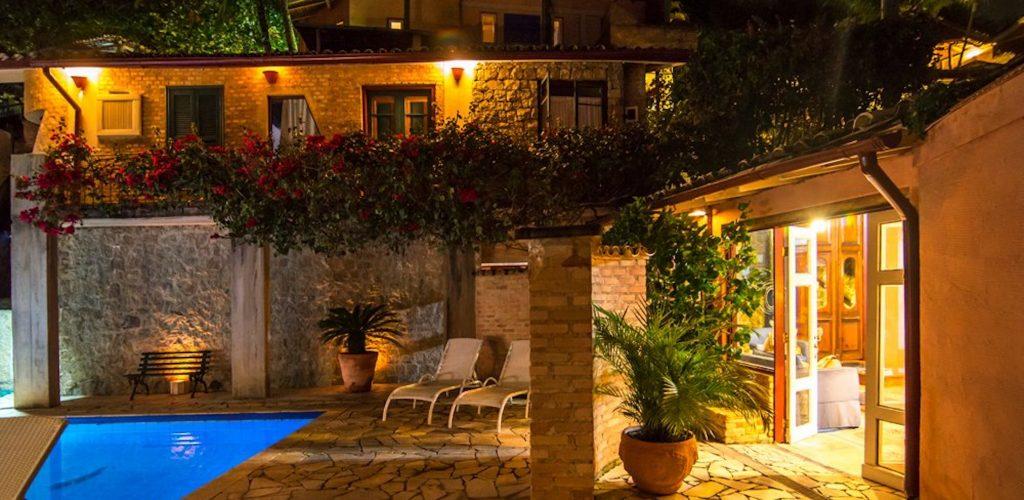 Velinn Hotel Maison Joly hotel maison joly333