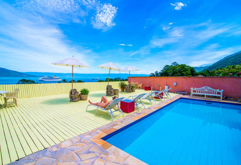 Velinn Hotel Maison Joly piscina 1.3