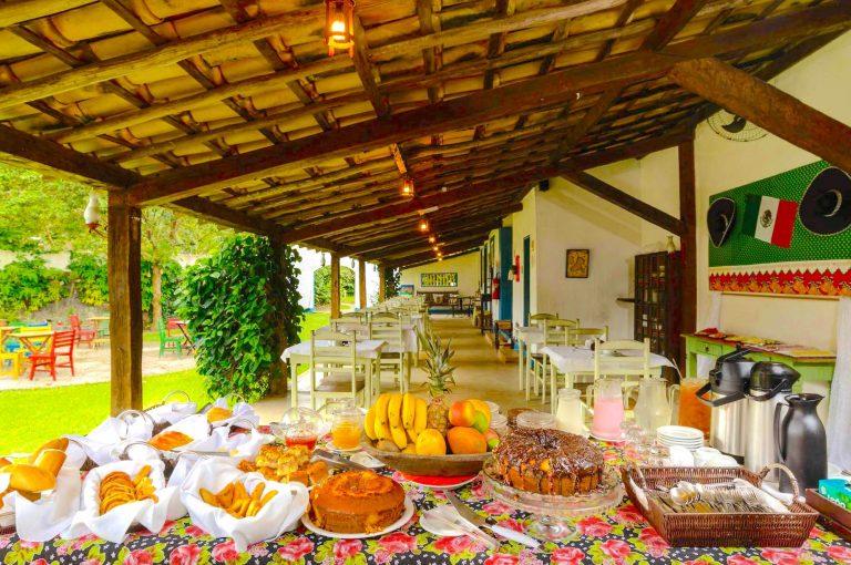 Velinn Pousada Bromelias Café da Manhã 1