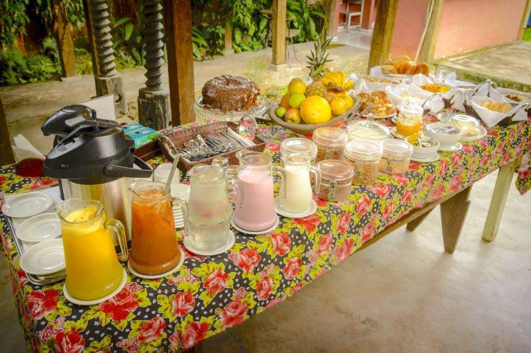 Velinn Pousada Bromelias Café da Manhã 3