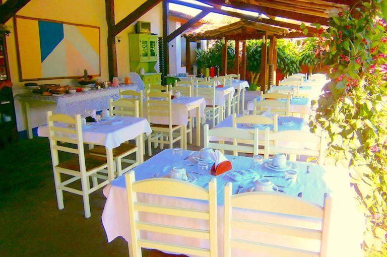 Velinn Pousada Bromelias Café da manhã 2