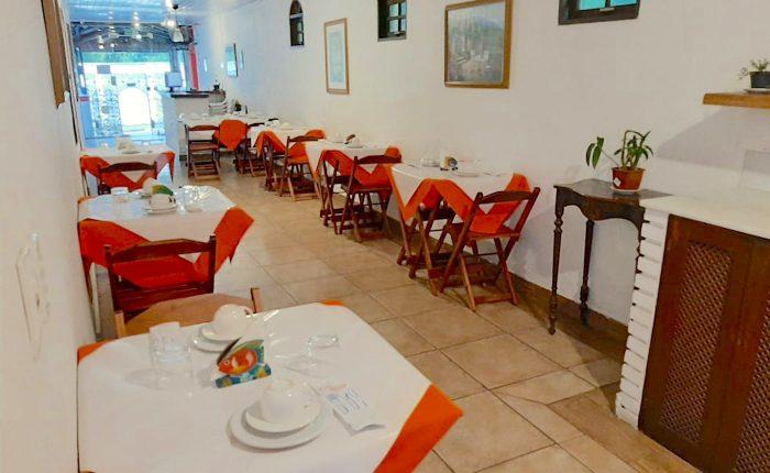 Velinn Pousada Chale Suisso Cafe da manhã 4