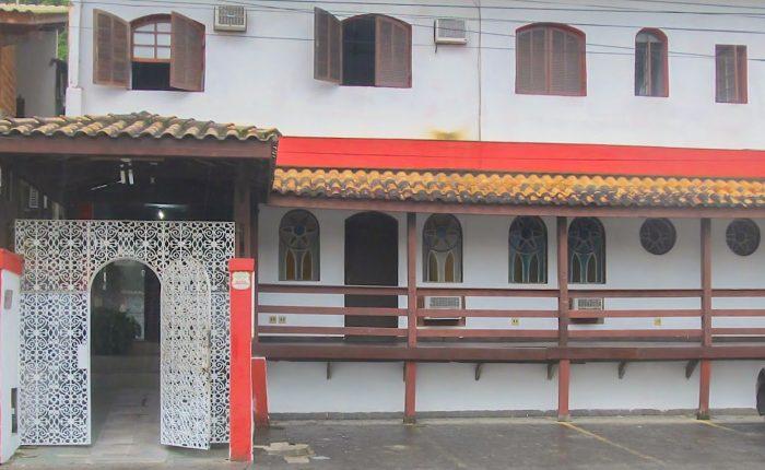 Velinn Pousada Chale Suisso fachada 1