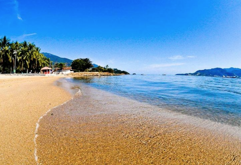 Velinn Pousada Chale Suisso praia 3