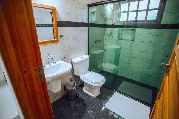Velinn Pousada Guarubela Veloso Quarto Banheiro 1