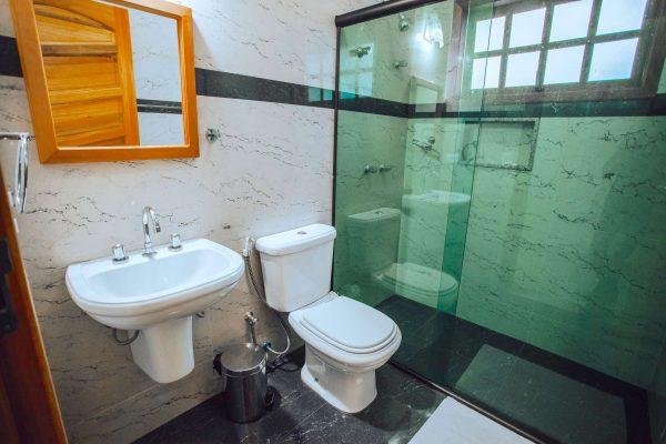Velinn Pousada Guarubela Veloso Quarto Banheiro 2