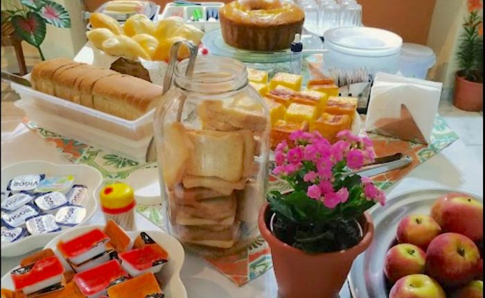 Velinn Pousada HPJ Café da manhã 2