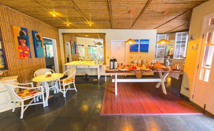 Velinn Pousada Ponta do Pequeah Café da manhã 3