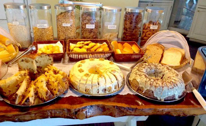 Velinn Pousada Ponta do Pequeah Café da manhã 6