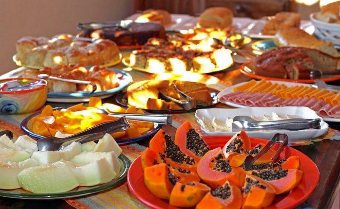 Velinn Pousada Villa Caiçara cafe da manha 13 1024x683 1