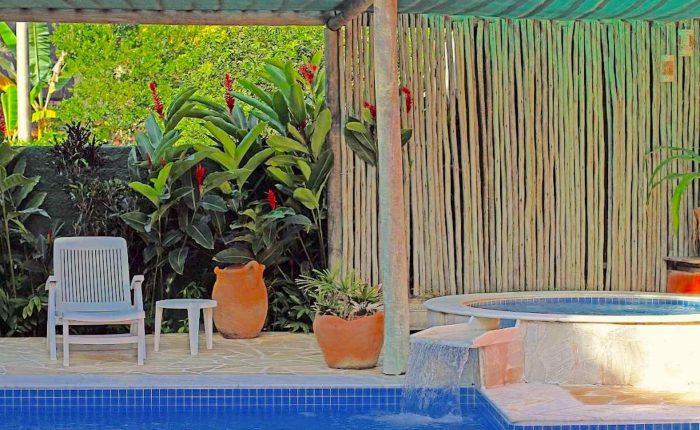 Velinn Pousada Villa Caiçara piscina 3