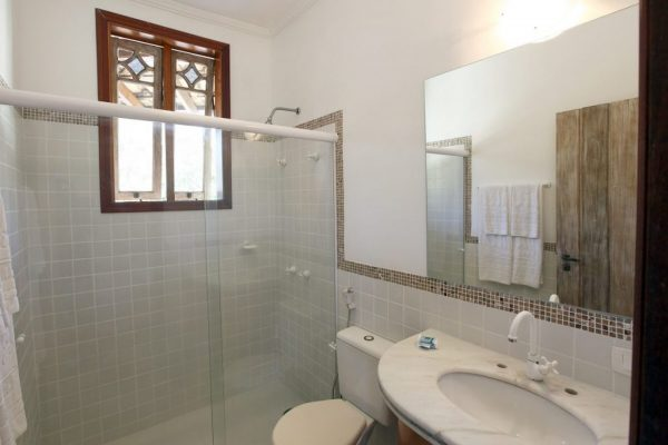 Velinn Pousada Villa Caiçara standard banheiro 2 3 1024x683 1