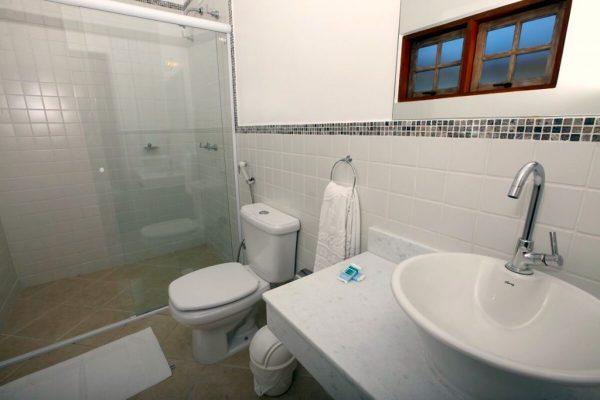 Velinn Pousada Villa Caiçara standard banheiro 2 4 1024x683 1