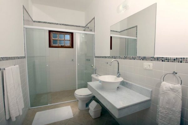 Velinn Pousada Villa Caiçara standard banheiro 2 5 1024x683 1