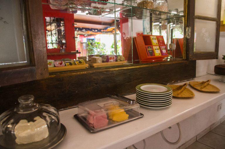 Velinn Pousada dos Hibiscos 43.jpg Cafe da manha