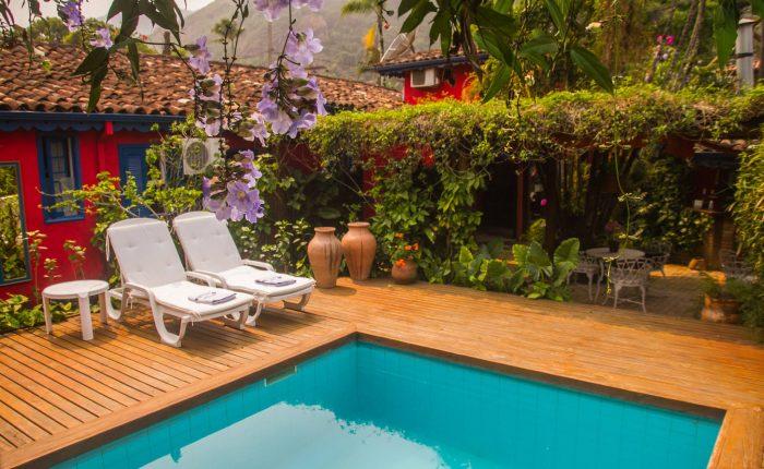 Velinn Pousada dos Hibiscos piscina 13