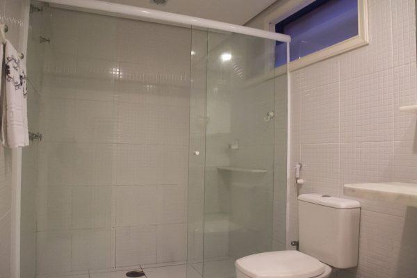 Velinn Pousada dos Hisbiscos Suite Super Luxo 12 banho estar b Peq
