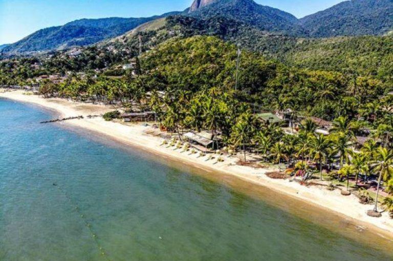 imagem aerea praia do pereque velinn