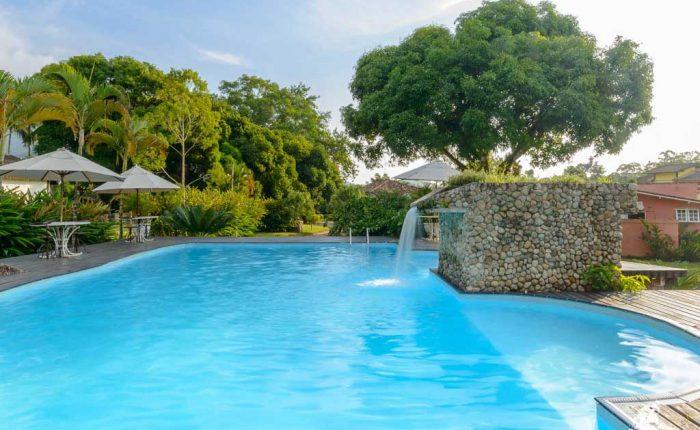 piscina caravela pousada bromelias ilhabela 2